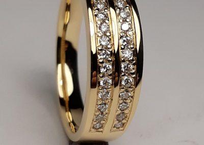 18ct Diamond Set Wedding Ring